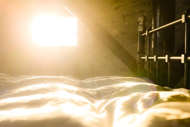 slunce a postel