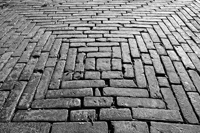 povrch chodníku